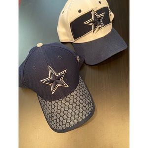 Men's Dallas Cowboys Hats (S/M) Fitted Style
